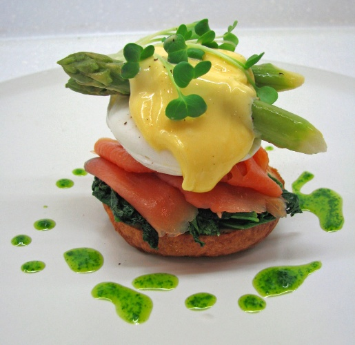 Lunafood -Eggs Florentine With Tasmanian Smoked Salmon On Poppy Seed Bagel 13 of 29