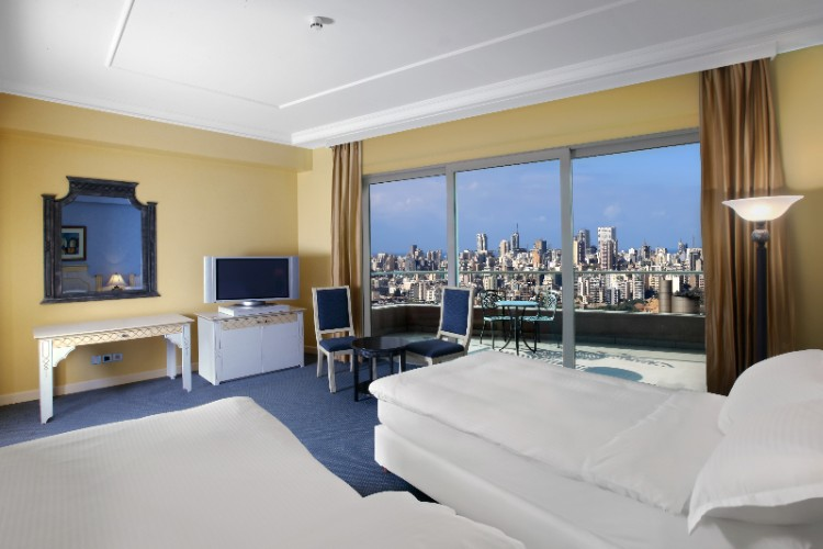 Hilton Beirut Habtoor Grand Guest Room Twin Beds 12 of 26