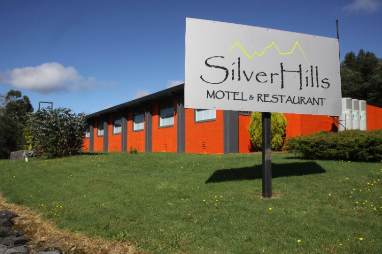 Silver Hills Motel 1 of 4