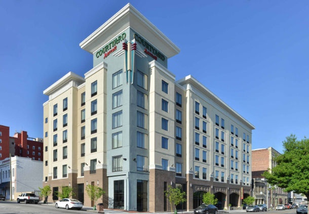 Courtyard by Marriott Wilmington Downtown / Histor 1 of 24