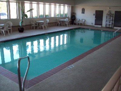 Indoor Swimming Pool 5 of 9
