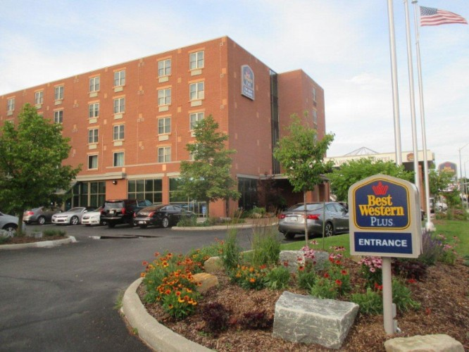 Best Western Plus The Arden Park Hotel 1 of 9