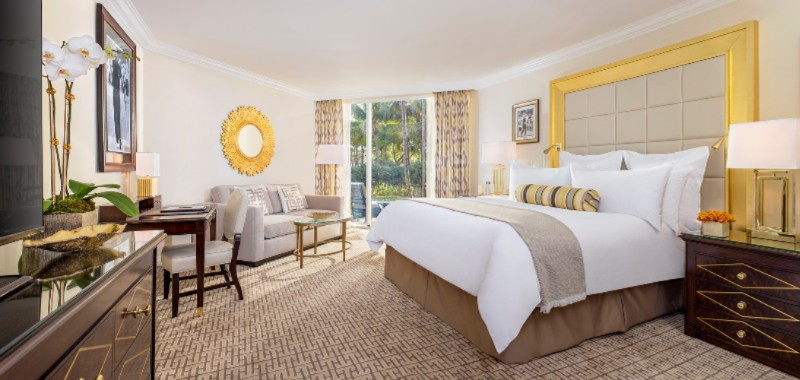 Deluxe Newly Renovated Guestrooms 2 of 5