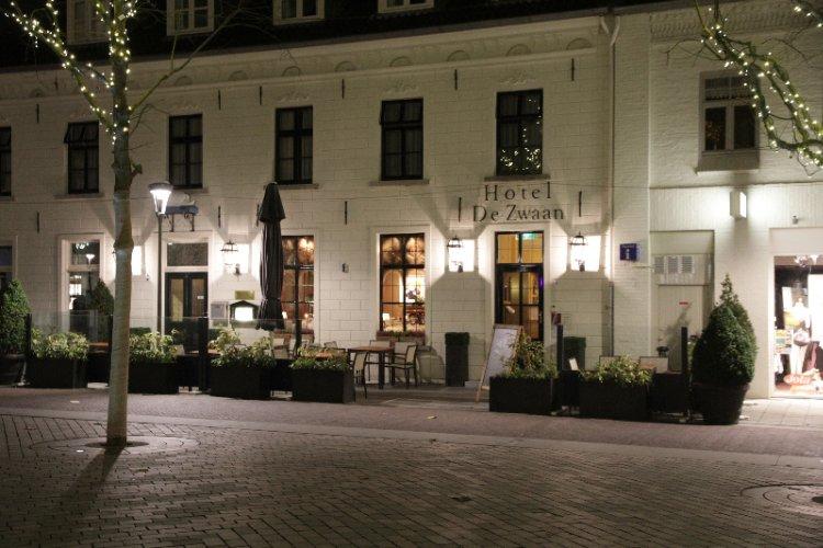 Hotel & Brasserie de Zwaan Venray - room photo 4919175