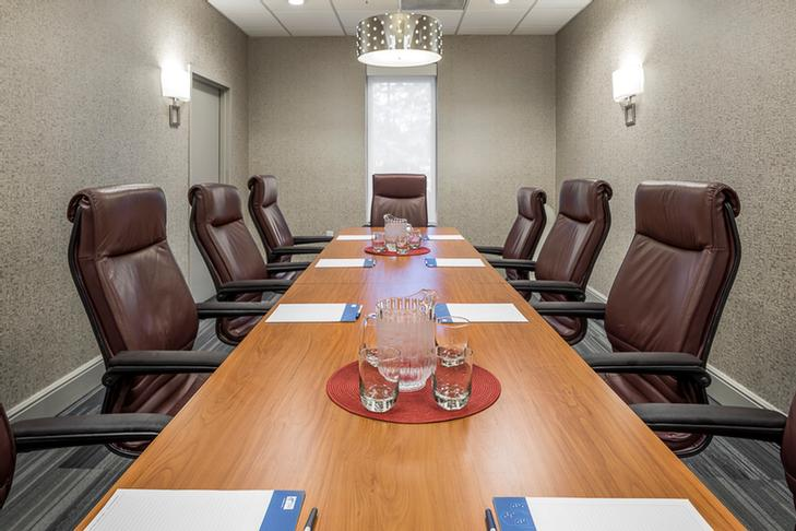 10 Person Boardroom 3 of 13