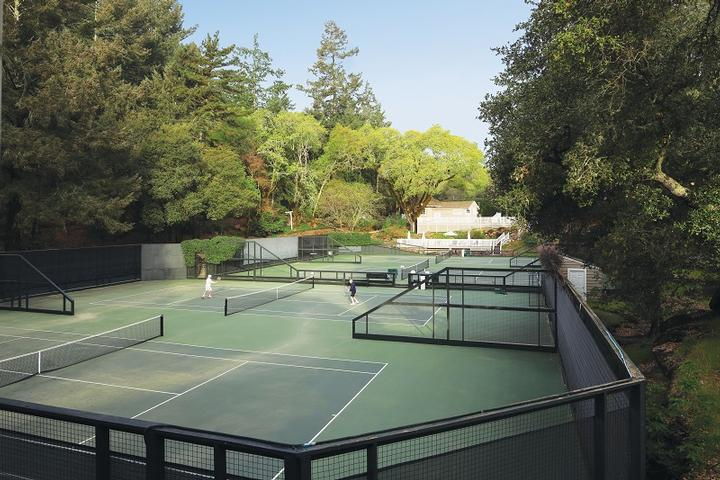 Meadowood Tennis Courts 7 of 11