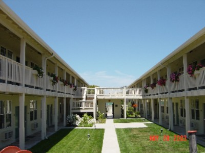 Courtyard 4 of 4