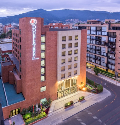 Doubletree by Hilton Hotel Bogotá Calle 100 1 of 16