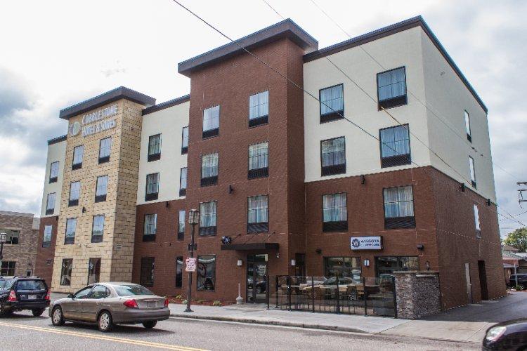 Cobblestone Hotel Suites Chippewa Falls 100 North Bridge St Wi 54729