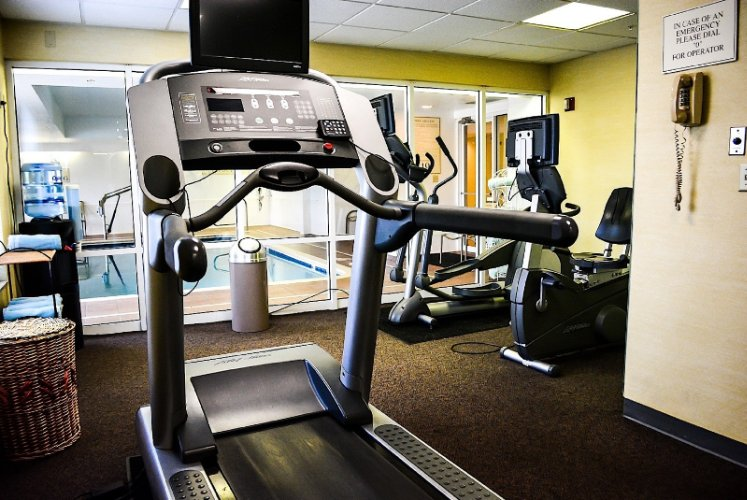 Fitness Center Montgomery Inn And Suites 7 of 21
