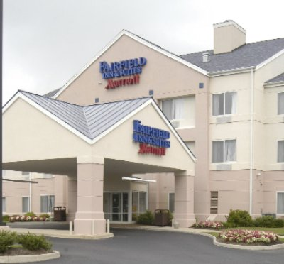 Exterior Of The Fairfield Inn And Suites 2 of 14