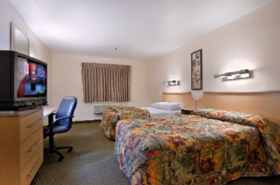 Standard 2beds With Hair Dryer Wi-Fi Continental Breakfast Iron & Ironing Board 4 of 6