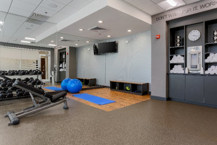 Fitness Room 9 of 26