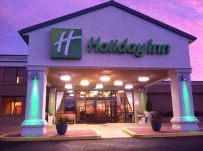 Holiday Inn Hazlet 1 of 10