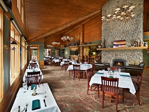 The Pines Restaurant 10 of 11
