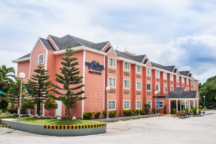 Microtel by Wyndham Eagle Ridge Cavite 1 of 5
