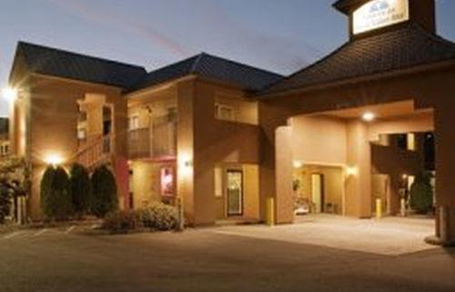 Americas Best Value Inn 1 of 5