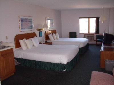 River View Suite / Two Double Beds 2 of 7