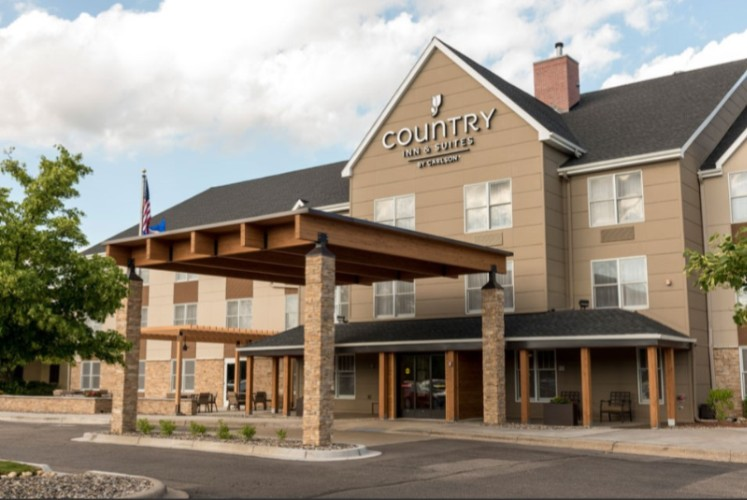 Country Inn & Suites Minneapolis West 1 of 28