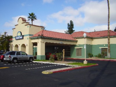 Days Inn Phoenix Midtown 1 of 11