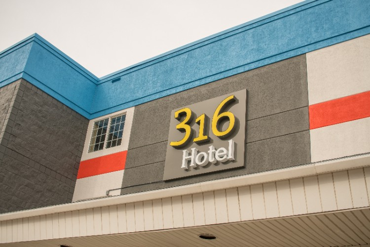 316 Hotel 4 of 7