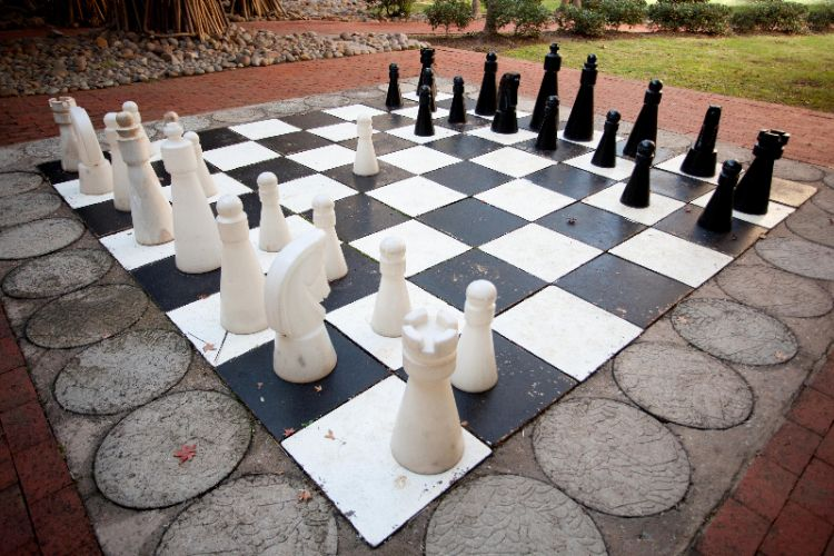 Outdoor Chess 17 of 21