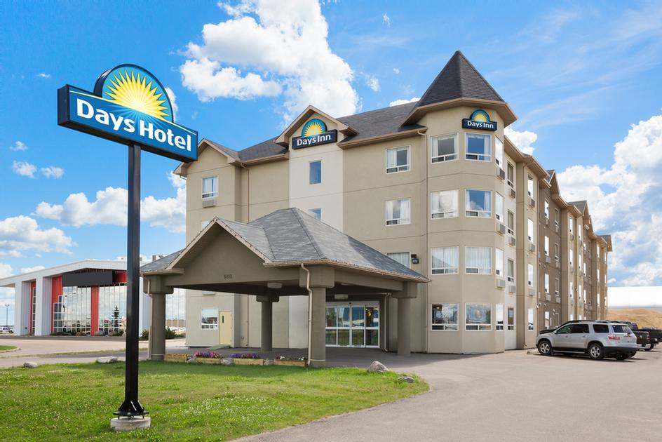 Days Inn Bonnyville 1 of 17