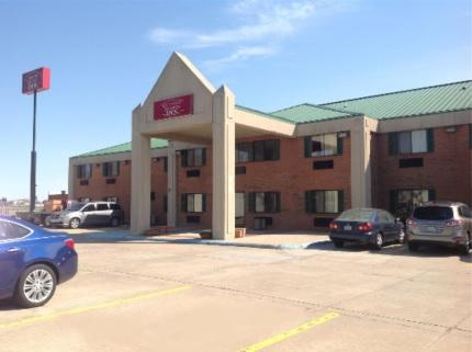 Country Hearth Inn & Suites Sikeston 1 of 14