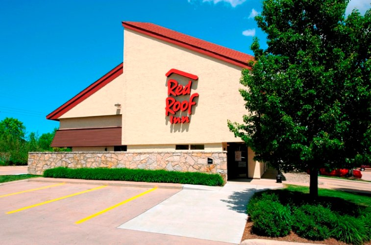 Red Roof Inn Erie 7865 Perry Highway Erie PA 16509