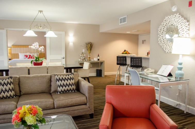 Wyndham Orlando Resort Executive Suite 6 of 21