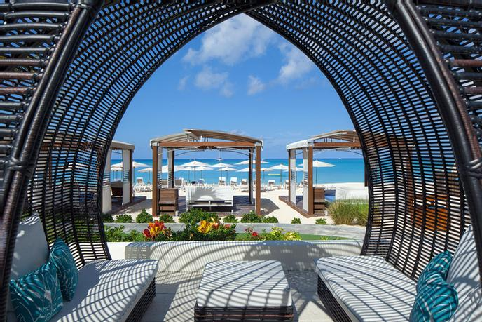 Luxury Cabanas 19 of 31