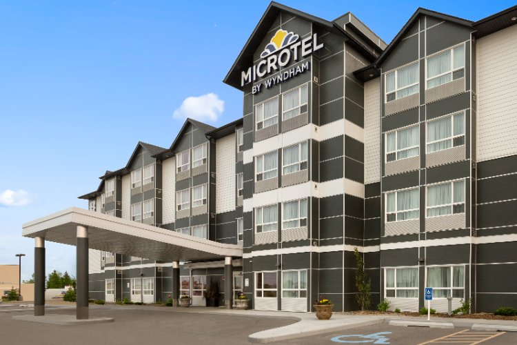 Microtel Inn & Suites by Wyndham Lloydminster 1 of 19