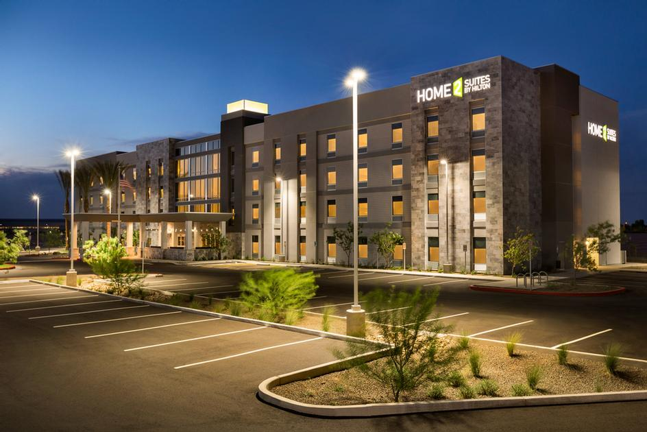 Home2 Suites by Hilton Phoenix Chandler 1 of 16