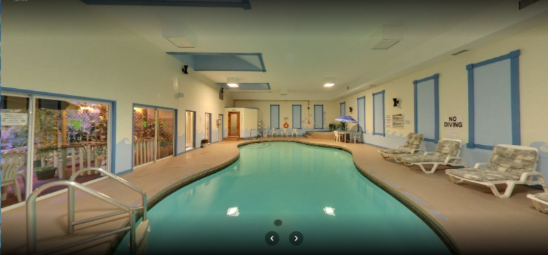 Indoor Heated Pool 3 of 6