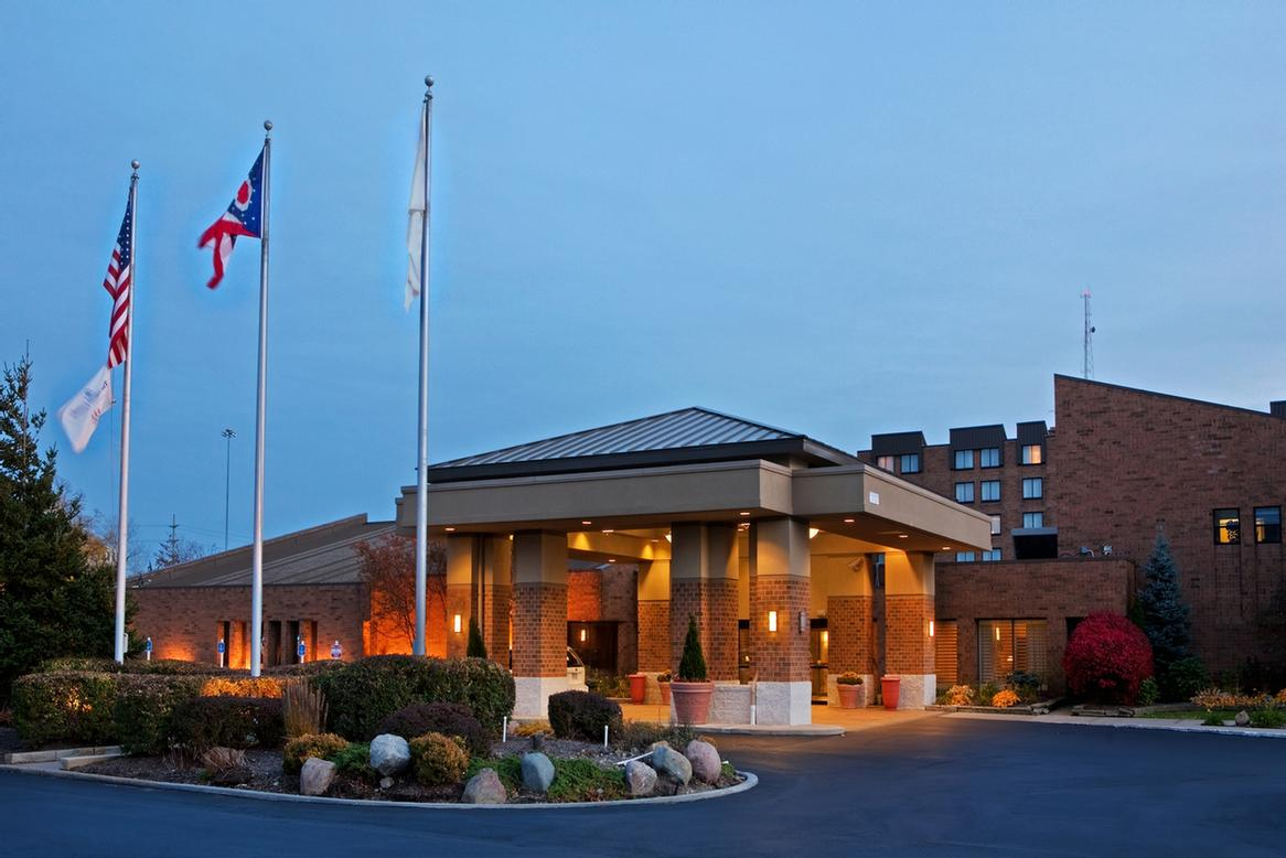 Image of Doubletree by Hilton Cleveland East Beachwood
