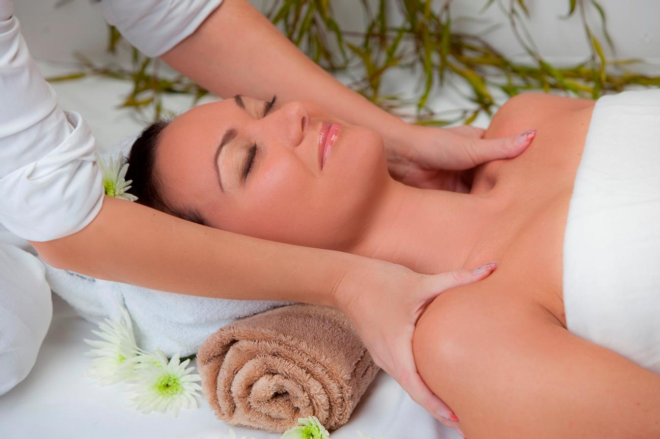 Massages At Beauty Centre 17 of 32