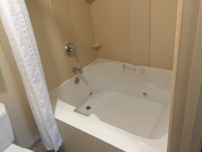King Suite Jacuzzi Tub 13 of 13