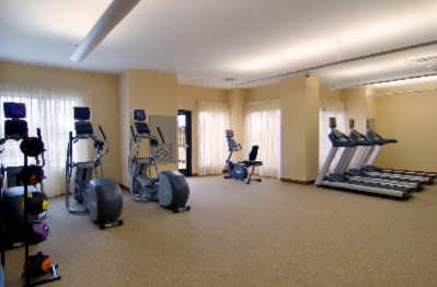 Spacious Fully Equipped Fitness Center 5 of 12