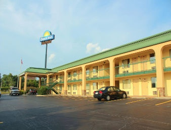 Days Inn Macon South West 1 of 6