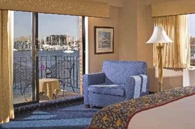 Deluxe Waterfront Room With Balcony 3 of 11