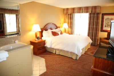 King Whirlpool Suite-Bed Room 7 of 14