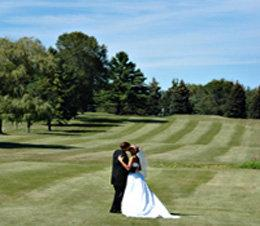 Wedding Photos On Golf Couse 7 of 14