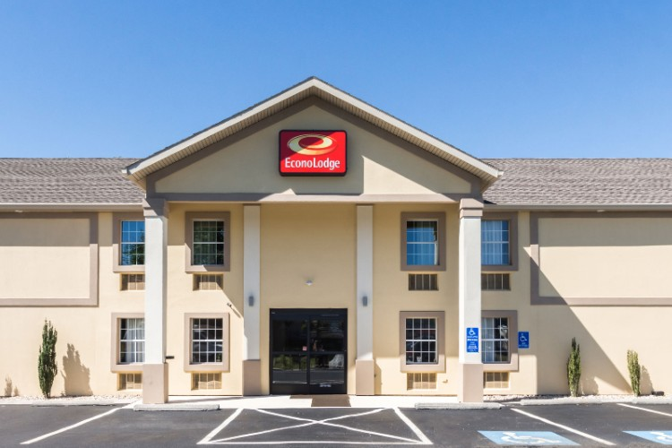 Econo Lodge 1 of 19