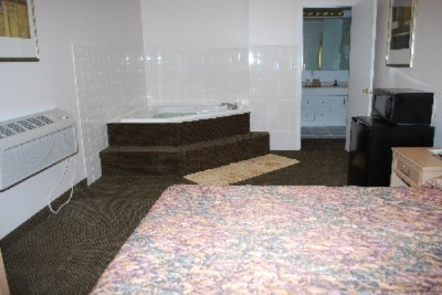 Suites With Jacuzzi 6 of 11