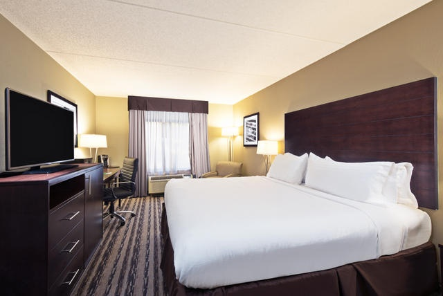 Get A Night Full Of Restful Sleep In Our Standard King Accommodations. 4 of 17