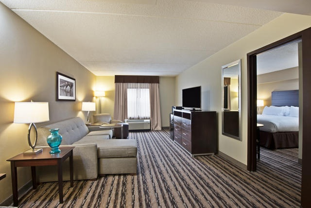 Need A Little Extra Space? Reserve One Of Our King Suites For A Bedroom And Separate Living/sitting Room Area With Kitchenette And Pull-Out Sofabed! 8 of 17