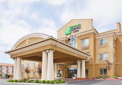 Holiday Inn Express & Suites Salinas 1 of 26