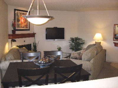 Ask For Our Updated 1 Bedroom Premium Suites! 5 of 7