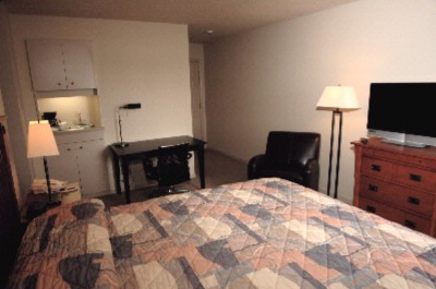 Our Newly Remodeled Premium Guestrooms 7 of 7