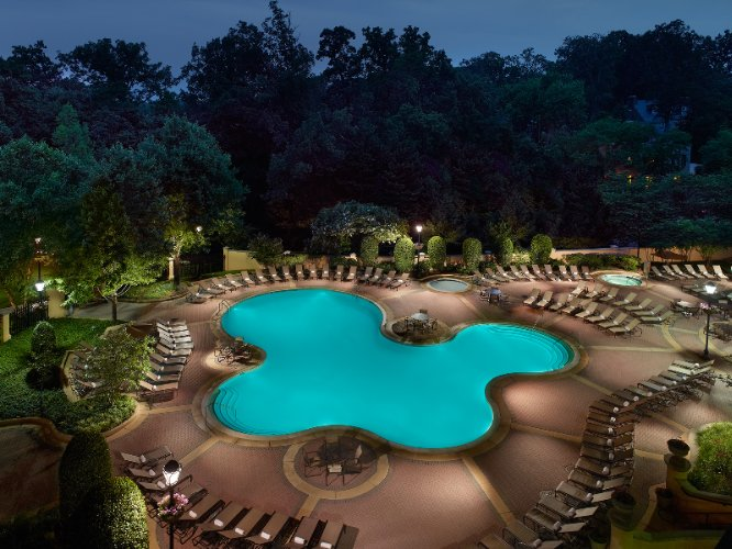 Omni Shoreham Hotel Pool 6 of 15